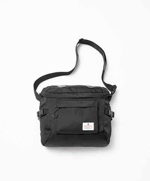 MOTIVE SHOULDER BAG
